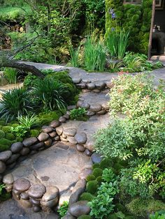 Chelsea Flower Show 2012 Artisan Garden designed by Kazuyuki Ishihara - Photo by Loveday Lemon