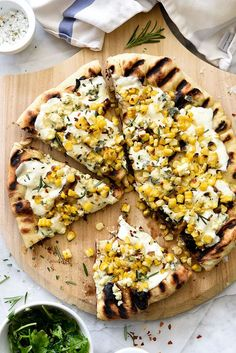 Charred Corn and Rosemary Grilled Pizza #corn #grilled #pizza