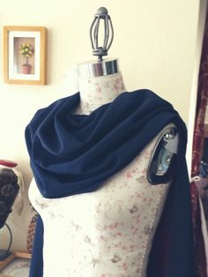 Lucina hooded cowl cape tutorial. It's great and I'm definitely doing this when…