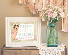 PERSONALIZED & CUSTOM 8x10 Welcome Greeting Sign - Shabby Chic. Cute display.