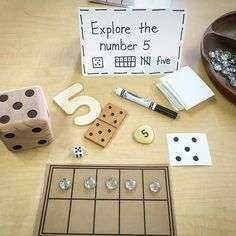 This allows students to explore numbers in a number of ways which allows them to engage with materials and form more concrete understandings of the numbers and math concepts Reggio Emilia Classroom, Reggio Inspired Classrooms, Reggio Emilia Preschool, Numbers Preschool, Teaching Kindergarten, Preschool Classroom, Maths Eyfs, Eyfs Classroom, Numeracy