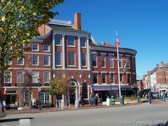 Downtown Portsmouth NH / 100 block of Main St.