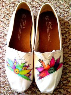 Custom Hand Painted TOMS -- White Dandelion on Black Canvas Classic TOMS Shoes -- Customizable and Super Cute! Cheap Toms Shoes, Toms Outlet, Old Hollywood Glamour, Kinds Of Shoes, Shoe Art, Fancy Pants, Me Too Shoes, At Least, Vogue