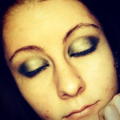 Eyeshadow.. Smokey eye