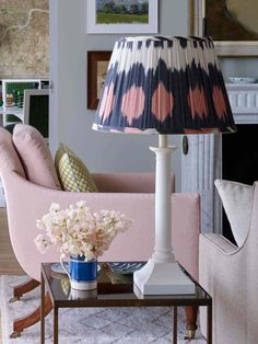Ikat Lampshades – Directorio Deco by Gloria Gonzalez Arts And Crafts Interiors, Arts And Crafts House, Home Crafts, Patterned Lampshades, Edwardian House, English Decor, Living Spaces, Living Room, Lamp Shades