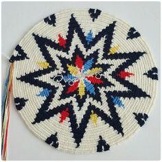 Crochet Chart, Crochet Motif, Hama Art, Mochila Crochet, Tapestry Crochet Patterns, Crochet Cushions, Crochet Handbags, Hand Embroidery Designs, Crochet Home