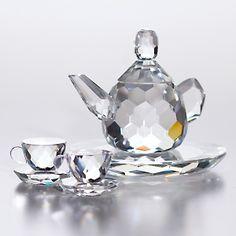 Crystal 4-piece Tea Set for tea anytime!