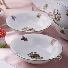 1 pc - Bowl - vol 3 dl OZ) CHTM - Fox motif This Forest Animals pattern can be or Dinnerware Ideas, China Bowl, Dinner Sets, Forest Animals, Fine China, Hunters, Pride, Porcelain, Plates