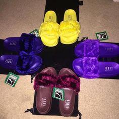 """PUMA"" Rihanna Fenty Leadcat Fur Slipper Shoes colors) - - ""PUMA"" Rihanna Fenty Leadcat Fur Slipper Shoes colors) Source by keyoniarambo Cute Sandals, Cute Shoes, Me Too Shoes, Shoes Sandals, Shoes Sneakers, Slide Sandals, Rihanna Fenty, Pumas Shoes, Dream Shoes"