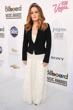 LAS VEGAS, NV - MAY 20: Singer Lisa Marie Presley arrives at the 2012 Billboard Music Awards at the MGM Grand Garden Arena on May 20, 2012 in Las Vegas, Nevada. (Photo by Kevin Mazur/WireImage)