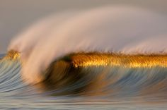 Long Exposure Photos of Golden Waves by David Orias No Wave, Water Waves, Ocean Waves, Big Waves, Ocean Beach, Photo Voyage, Waves Wallpaper, Hd Wallpaper, Sunset Wallpaper