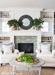 Lake House Spring Decor White and Blue Cottage Decor with pops of red and nautical wall art. 29 Great Interior European Style Ideas That Look Fantastic – Lake House Spring Decor White and Blue Cottage Decor with pops of red and nautical wall art. Fireplace Decor, Fireplace Design, Home Living Room, Small Lake Houses, Cottage Decor, Home, Family Room, Fireplace Wall, Home Decor