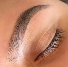 Perfect Brow! I love how natural it looks. I would go a little lighter on the highlight though