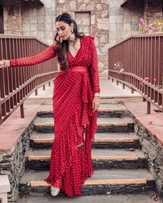 25 Latest Navratri Special Chaniya Cholis and Ghaghra Cholis Design Collection with Pictures 2019 - Buy lehenga choli online Trendy Sarees, Stylish Sarees, Stylish Dresses, Indian Wedding Outfits, Bridal Outfits, Indian Outfits, Indian Clothes, Wedding Attire, Saree Wearing Styles