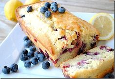 Skinny Lemon Blueberry Loaf - 4 points