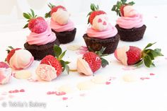 Strawberry cupcakes with recipe www.tekila.fi