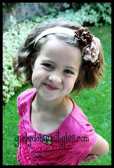 Girly Do's By Jenn: Ideas for short Hair--- #6 love this for addisyn! just use 3 barrel crimper...