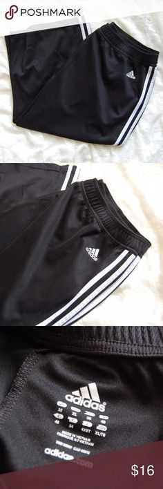 XL Adidas Capris White Stripe on the side Woman's XL Adidas  Great Pre-Owned Condition adidas Pants Capris