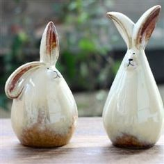 Ceramic Rabbit Shaped Coin Bank Home Decor Statues