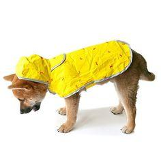 Moonshuttle Breathable Featherlight Dog Rain Coat Poncho made with DuPont Technology - Yellow (Large) - http://www.thepuppy.org/moonshuttle-breathable-featherlight-dog-rain-coat-poncho-made-with-dupont-technology-yellow-large/