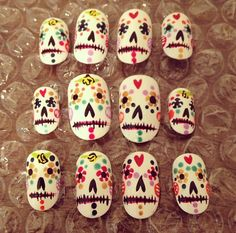 Day of the Dead Nail Art - Custom Press Ons