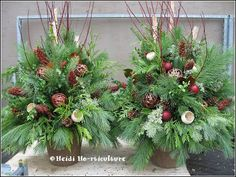 Heidi Horticulture: Outdoor Christmas Urn Container - Natural