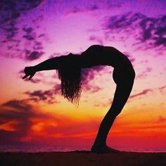 @janalyn.rose   #yoga #yogi #yogagirl #yogalove #yogagirls #yogagoals #yogaeverywhere #yogaeverydamnday #backbend #flexible #flexibility #body #balance #bodygoals #goals #fit #fitfam #fitspo #fitlife #fitness #fitspiration #inspo #inspiration #motivation #namaste by yogacallie