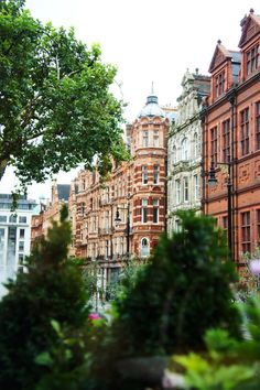 LONDON.... MAYFAIR