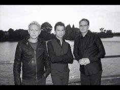 Depeche Mode – DamagedPeople.