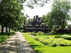 The Oak House, West Bromwich, England. - click the picture to see and read more