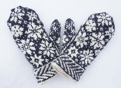 Ravelry: Project Gallery for Snowfling Mitts pattern by Tanis Lavallee