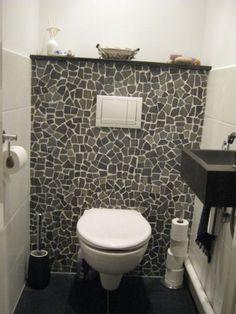 Wc inrichting op pinterest toiletruimte decor kleine toiletruimte en versieren rond de badkuip - Versieren haar badkamer ...