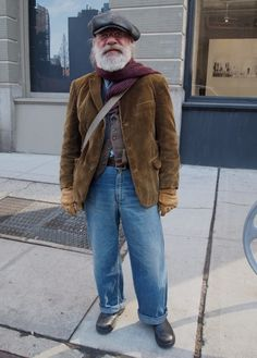 When old people dress like Hipsters. Mature Mens Fashion, Old Man Fashion, Gents Fashion, Workwear Fashion, Vintage Fashion, Stylish Men, Stylish Outfits, Brown Corduroy Jacket, Corduroy Blazer