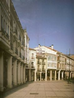 Calle Mayor. Palencia, Spain.