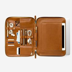 Mod Laptop 2 - for 13 inch MacBook Pro. Top Laptops, Best Laptops, Ipad, Gq Fashion, Leather Accessories, Leather Craft, Handmade Leather, Leather Men, Travel Accessories
