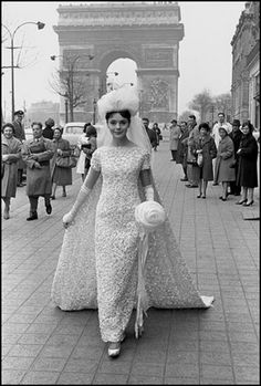 1960s bride on Champs Elysees