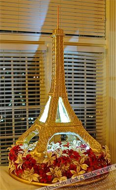 Eiffel tower cake by artist Christine Pereira of Design Cakes in North Arlington, New Jersey....
