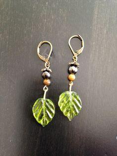 Green glass leaf earrings. Bronze metal by JewelryForToday: