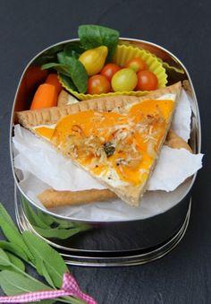 MittwochsBox #28: Kürbis-Zwiebelkuchen aus Volkornmehl...