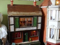 Triang house - Dolls Houses Past & Present