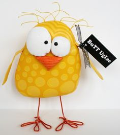 Chick named sunny side new design free standing butt uglee bright yellow Cute Crafts, Felt Crafts, Easter Crafts, Sewing Toys, Sewing Crafts, Sewing Projects, Fabric Animals, Felt Animals, Ugly Dolls