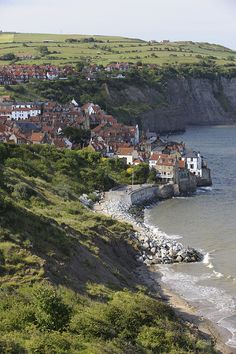 robin hood's bay, Yorkshire, England  - This takes me back 30 plus years!  I have to take a trip to England!  It is on my bucket list!
