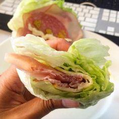 Descubre la última tendencia gastronómica: los sándwiches sin panCon tantas personas siguiendo dietas libres de gluten o personas con intolerancia al gluten, ¡qué bueno es tener a mano estos sándwiches sin pan! También son perfectos para cuando quieres bajar de peso, o simplemente cuando te quedas sin pan en cas
