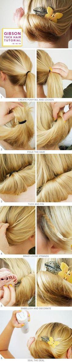 誰もが簡単にできるギブソンタックの基本的な作り方です。           1.ゆるめのポニーテールを作ります。           2.髪の束を上に持ち上げ、ゴムで留めた部分を隠すようにまとめます。           3.毛先を髪の毛の中に埋めてピンで留めます。           4.サイドの後れ毛を三つ編みにして後ろへ持ってきます。            5.すべての髪の毛をまとめます。  毛先はヘアアクセなどで上手に隠しましょう。          6.最後はヘアスプレーなどでふんわりと固めて完成!