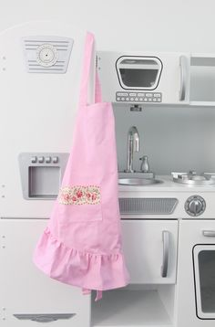 DIY no sew aprons | perfect party favors or gifts