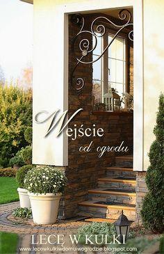 French Chateau, Steel Furniture, Wall Design, Greenery, Lanterns, Sweet Home, Shabby Chic, Backyard, Portal