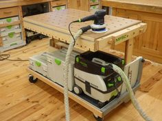 """The MFSC or """"multi function shop cart"""", is a cart that performs several functions and which is designed to assist woodworkers all along the construction of a piece of furniture, from the first to the last step. The MFSC in """"wheel cart"""" mode While working in my workshop I encountered several problems that were …"""