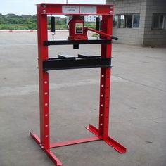 homemade hydraulic press | PRESS - 20 Tonne - Industrial Hydraulic Workshop / Garage / Shop / Press - CT188 Welding Workshop, Garage Workshop, Homemade Tools, Diy Tools, Hydraulic Shop Press, Welding Projects, Diy Projects, Metal Fabrication Tools, Metal Bender