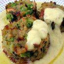 Medallones de patata y brócoli con salsa de mostaza y eneldo   #Recetas de cocina   #Veganas - Vegetarianas ecoagricultor.com