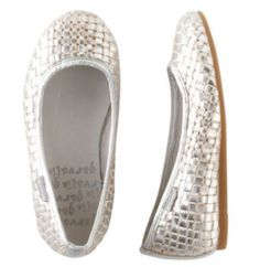 Silver shoes from Tea Collection that are so cool we want them in our size!